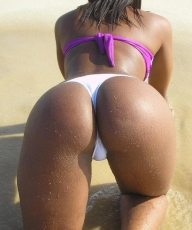 amazing ass on the beach - Bikini Gap